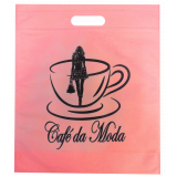 sacola em tnt personalizada com alça vazada valores São José do Rio Preto